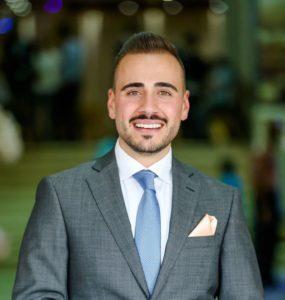 صورة مدير المبيعات عبد الله النتشة